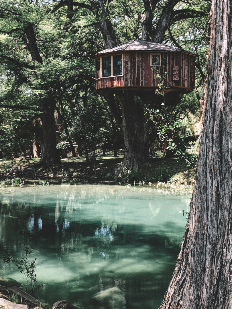 Unique Treetop Hotels around the world - Treehouse Utopia